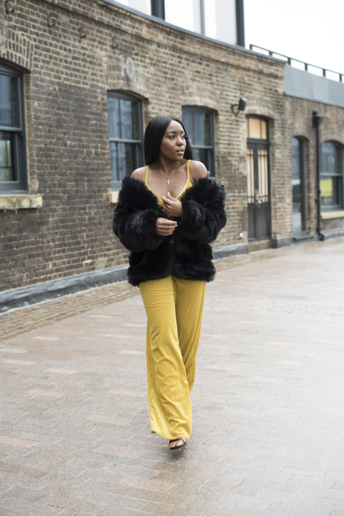 How To Wear Bright Colours In The Winter - Seasonal Looks!